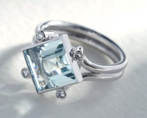 White Gold Aqua Ring